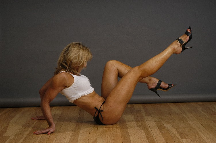 sexy female body builder